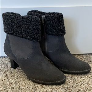 *AJ Valenci Womens Gray Suede Ankle Boots Heels*